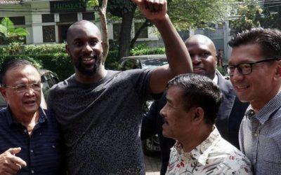 Carlton Cole: Former West Ham striker joins Michael Essien at Indonesian club